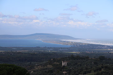 panorama - lago varano - hotel castellana