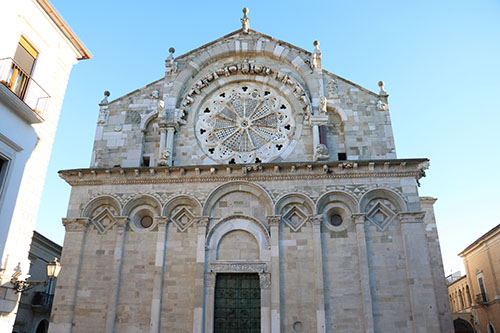 Cattedrale di Troia. Romanico pugliese.